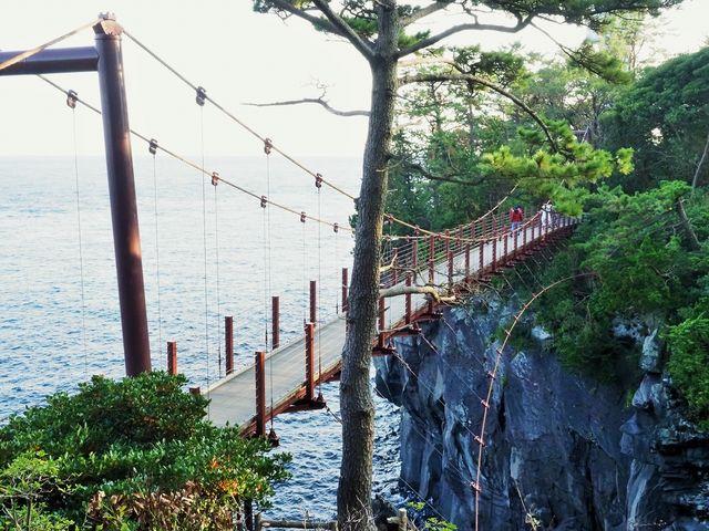 恋人の心が会う橋_城ケ崎つり橋(はしだて)