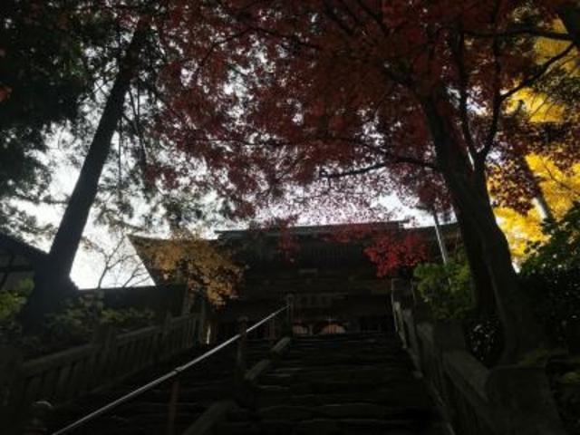 紅葉がきれい_三角寺