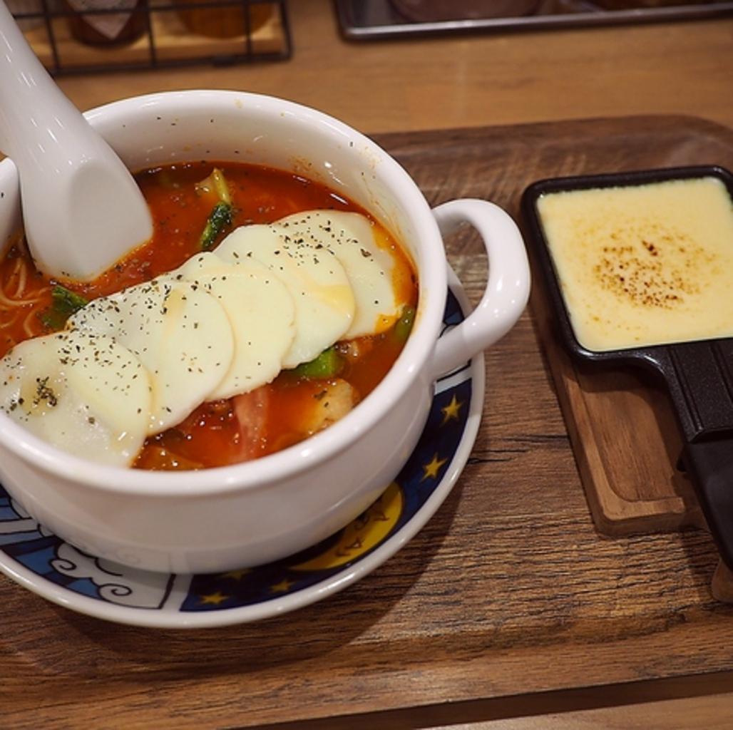 太陽のトマト麺 Next 新宿ミロード店