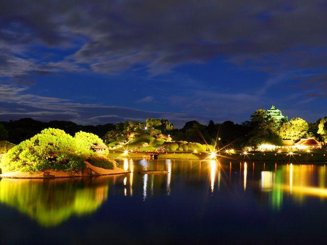 岡山後楽園の幻想庭園です。 とても幻想的、昼間の後楽園とは違った光景に思わずうっとりです。_岡山後楽園