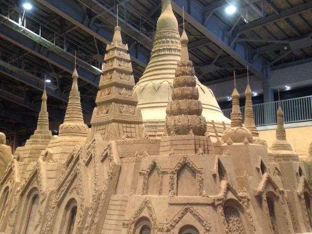 東南アジア_鳥取砂丘 砂の美術館