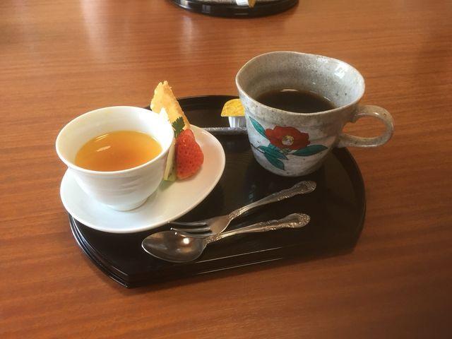 デザートとコーヒーもついていました。_加賀料理ばん亭