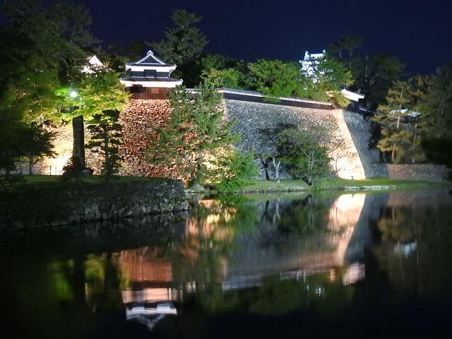 県庁側から見る松江城_松江城