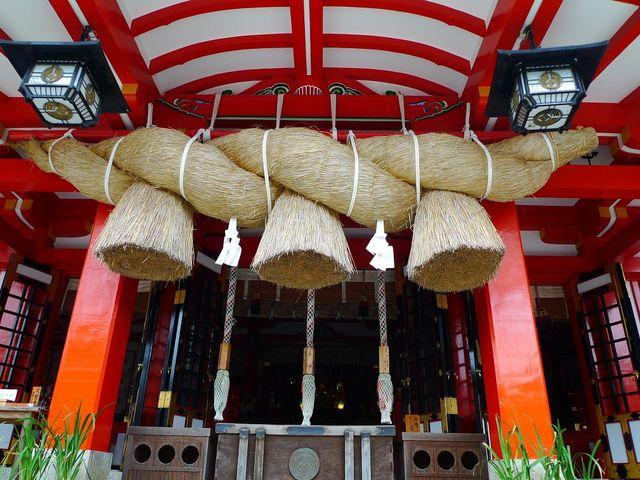 出雲大社と同じ形式のしめ縄がありました。_太皷谷稲成神社