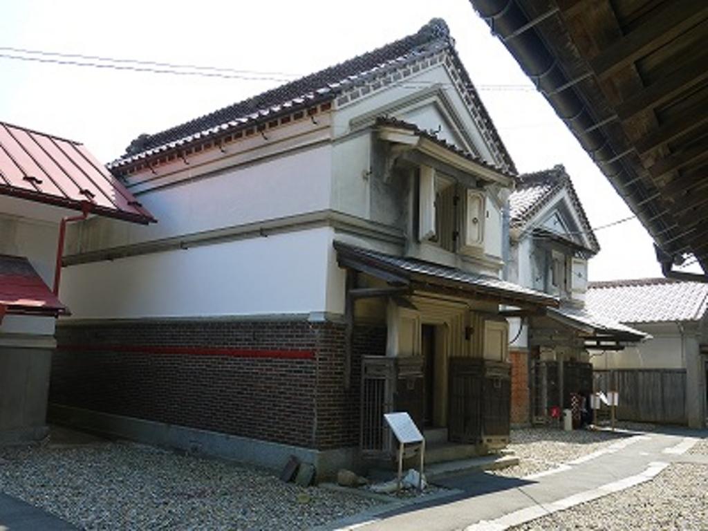千厩酒のくら交流施設(旧横屋酒造・佐藤家住宅)