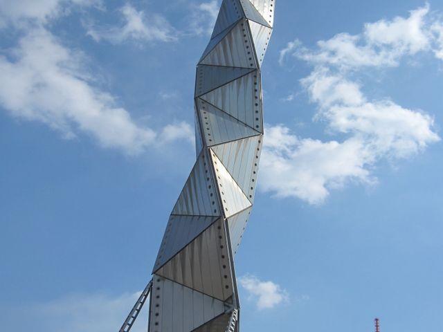 タワー_水戸芸術館
