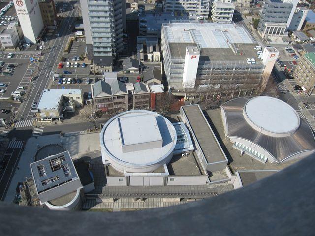 タワーから俯瞰でみる_水戸芸術館