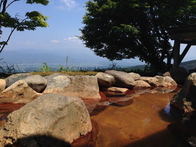 露天風呂。眺めが最高です。_白鳥温泉上湯