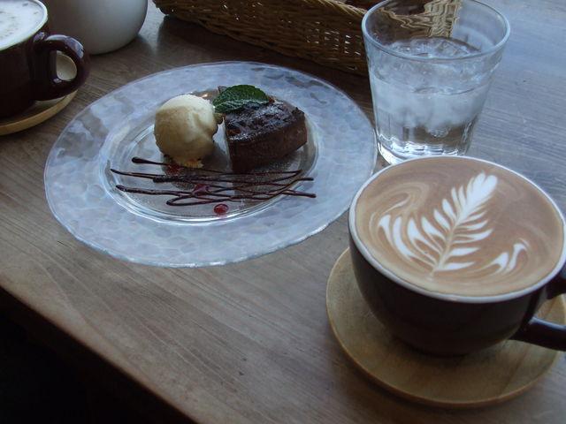 マドカフェ mado cafe