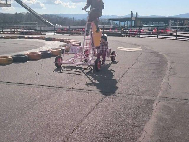 こんなサーカスみたいな自転車もありました_自転車の国 サイクルスポーツセンター