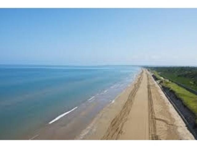 4WDでなくても海岸が走れる_千里浜なぎさドライブウェイ
