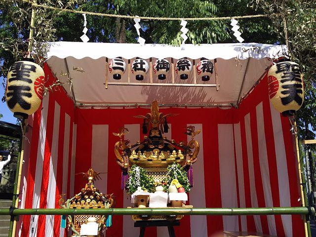 三社祭の神輿_本龍院(待乳山聖天)