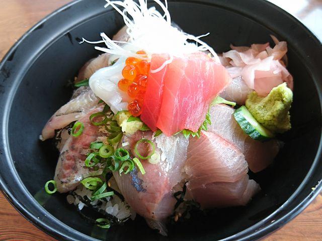 川奈丼_海女の小屋与望亭