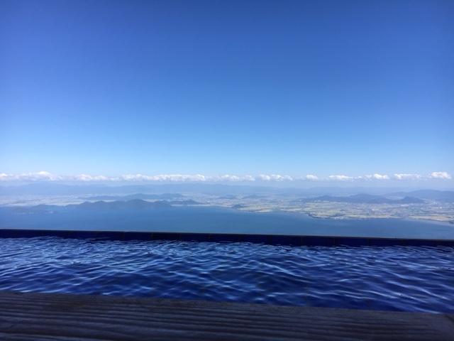 琵琶湖がきれいに見渡せます。_びわ湖テラス