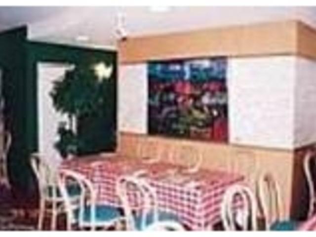 雰囲気がいい_港のレストラン ポルトカーロ