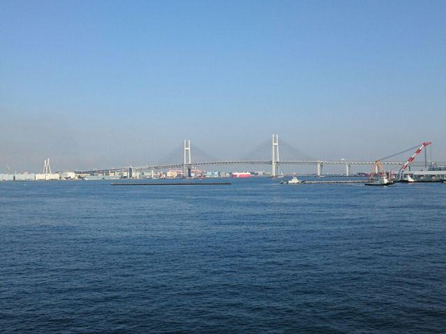 横浜ベイブリッジ_横浜港大さん橋国際客船ターミナル