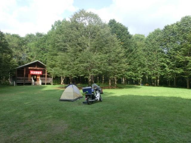 全景、ログハウス_月見野森林公園キャンプ場