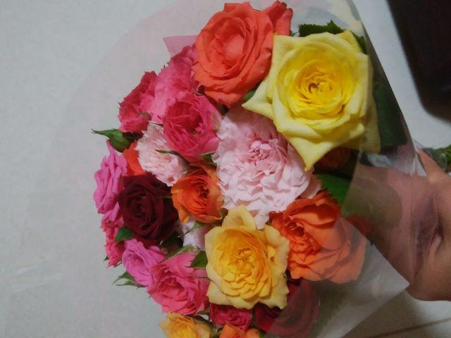 売店のバラの花束200円!_道の駅 いぶすき 彩花菜館