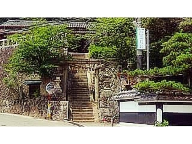 神社そのものが良い雰囲気の場所にある。_諏訪神社