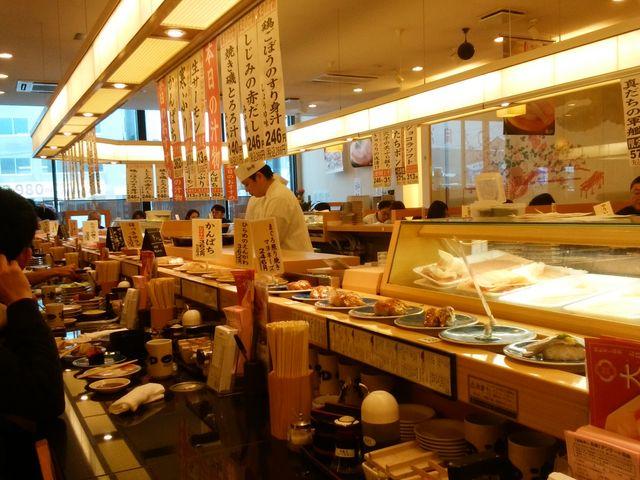 店内は広く、綺麗です。_和楽 小樽店