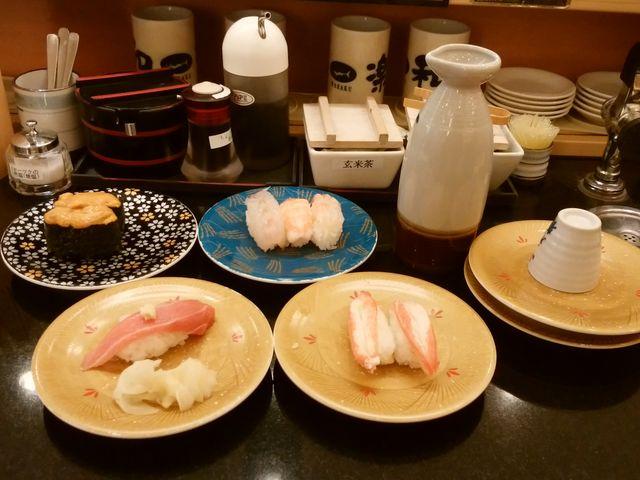 大トロ、カニ、海老三つ、ウニ。どれも美味しかったです。_和楽 小樽店