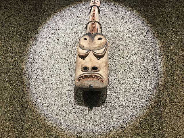入口のお面_北方民族博物館