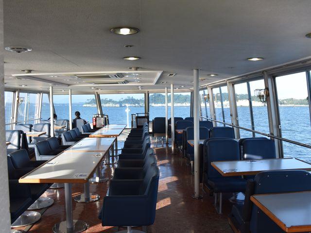 船内(2階)は、こんな感じです。※2階は、別途料金がかかります。_塩竈~松島
