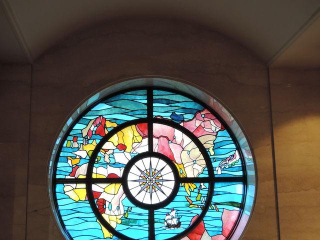 神戸デザインのステンドグラス_神戸市立博物館