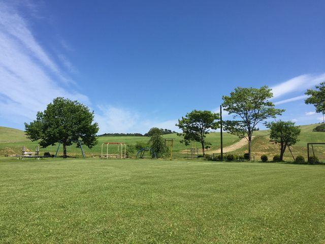 ふくしま緑の百景にも選ばれている大草原_鹿角平観光牧場