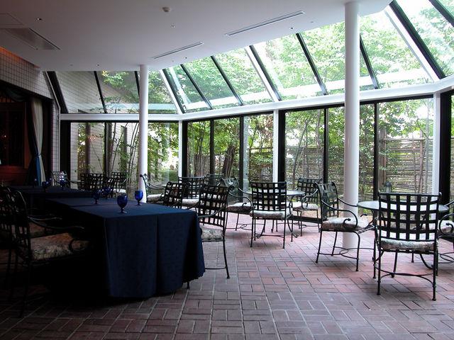 グリル洋定食とみんなのワイン食堂Seijiテラス席_THE SAIHOKUKAN HOTEL