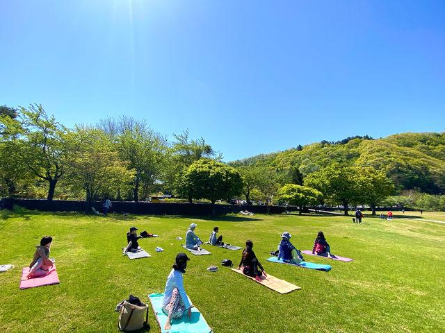 【河口湖外ヨガ】 初心者の方も男性の方もご参加いただけます_Nipa Yoga~富士山の麓でヨガ~