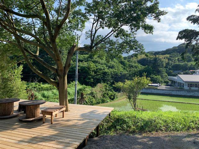 天気の良い日は大山を見ながら休憩も出来ます_厚木農園 Atsugi-Nouen
