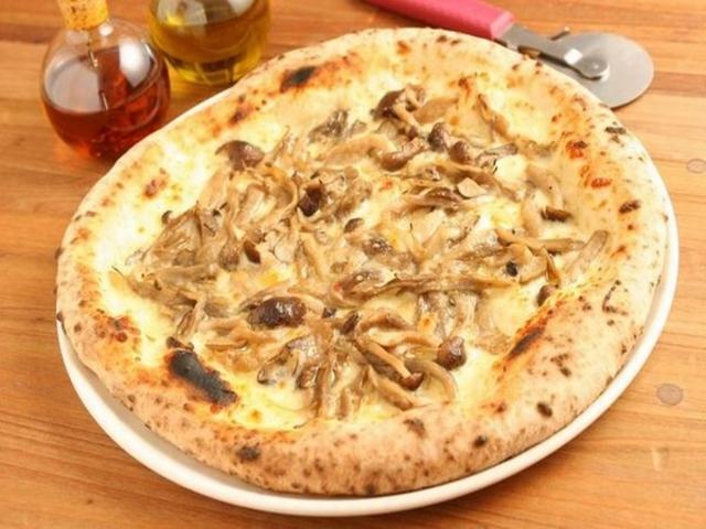 窯焼きピザの店 ラ・ビエール