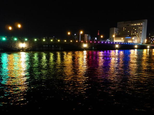 ライトアップされていてとても綺麗でした!\(^o^)/_萬代橋