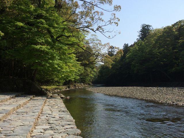 川が綺麗で手を洗った後にもう一度洗いたくなってしまいました。_伊勢神宮内宮(皇大神宮)