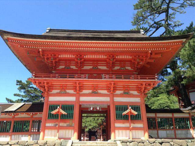 まず門がりっぱです_日御碕神社