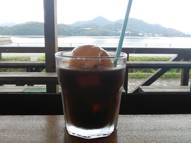 海を観ながらカフェタイム_生口島