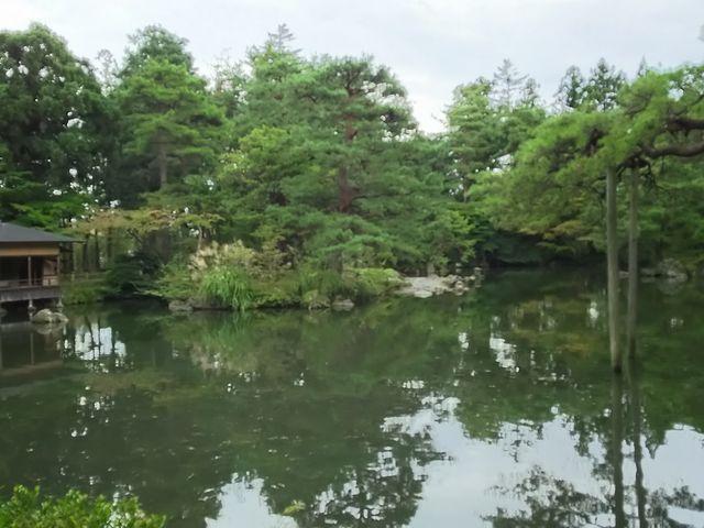書院からの眺めがベストでしょうあ。_清水園