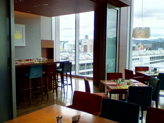 ビュッフェが人気_ブッフェレストラン ブリッジ シェラトングランドホテル広島
