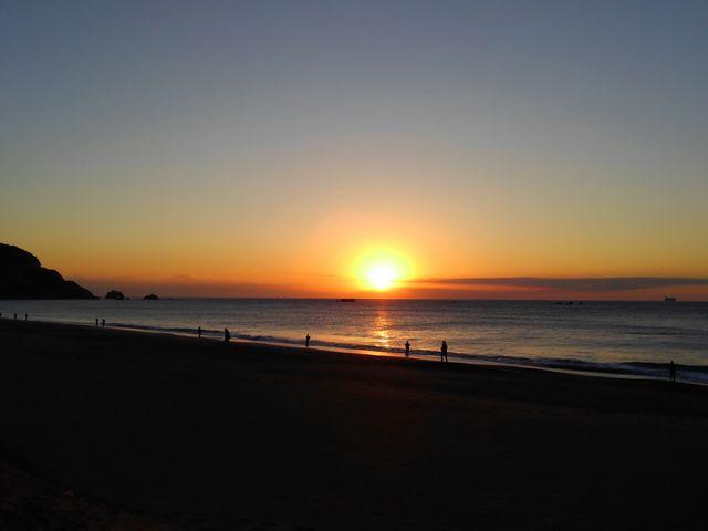 太公望と日の出の恋路が浜。_伊良湖岬