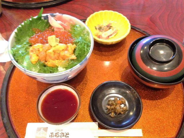 ウニとイクラの2色丼_庄内観光物産館ふるさと本舗