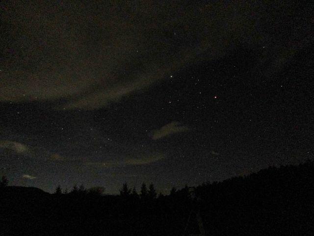 星空観察会にて。八ヶ岳の澄んだ空気は星空観察に最適です。_八ヶ岳グレイスホテル