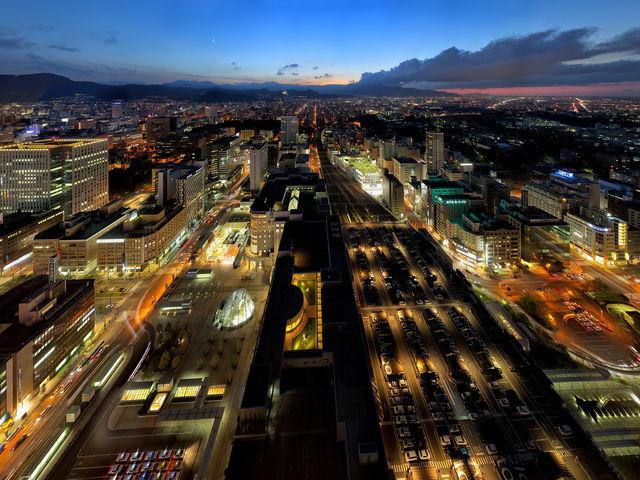 タワースリーエイトからの夕景 西方向_札幌ステラプレイス