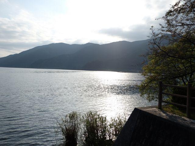 静かな湖畔です_琵琶湖