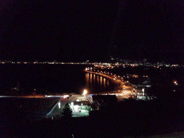 夜:諏訪湖サービスエリアからの眺め。_諏訪湖