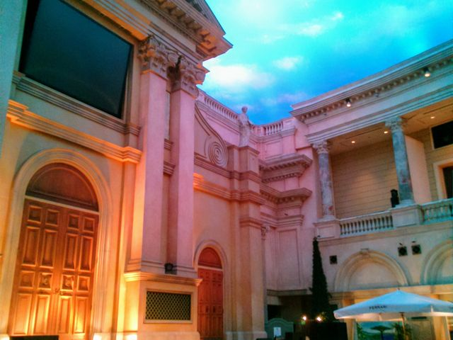 『教会広場』。_VenusFort