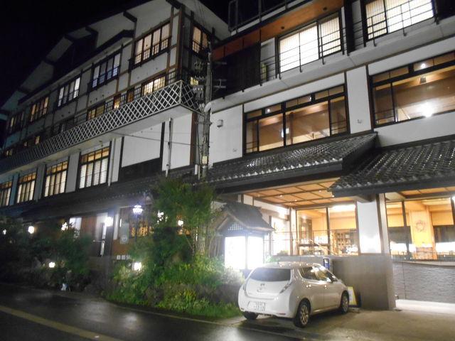 他にも電気スタンドが整備され、電気自動車の方々には安心ですね。_松之山温泉スキー場