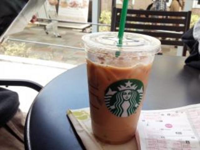 てらす_スターバックス・コーヒー 軽井沢プリンスショッピングプラザ店
