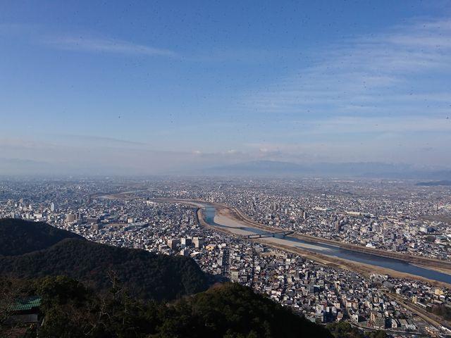 岐阜市内の眺望を望むことができます_金華山展望台