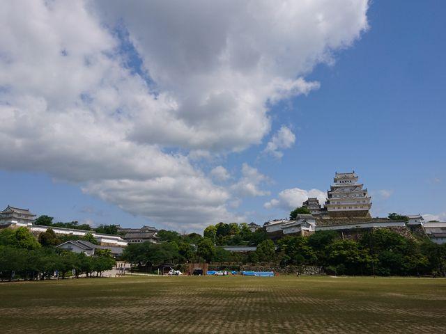 広い公園が多くある_姫路公園